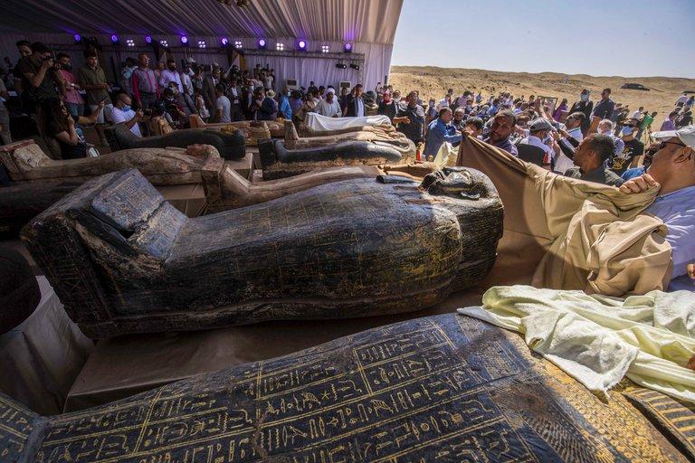 Hallan 59 sarcófagos Egipto 1