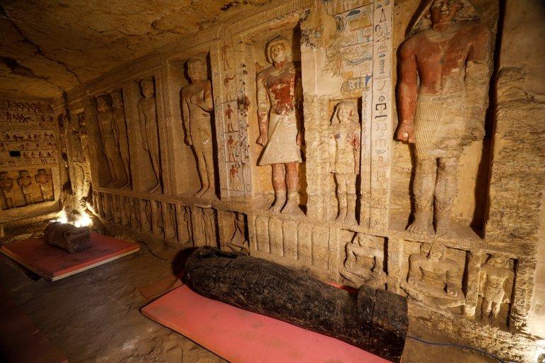 Hallan 59 sarcófagos Egipto 6