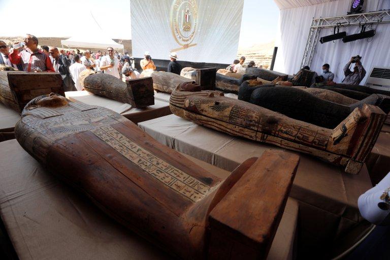 Hallan 59 sarcófagos Egipto 7